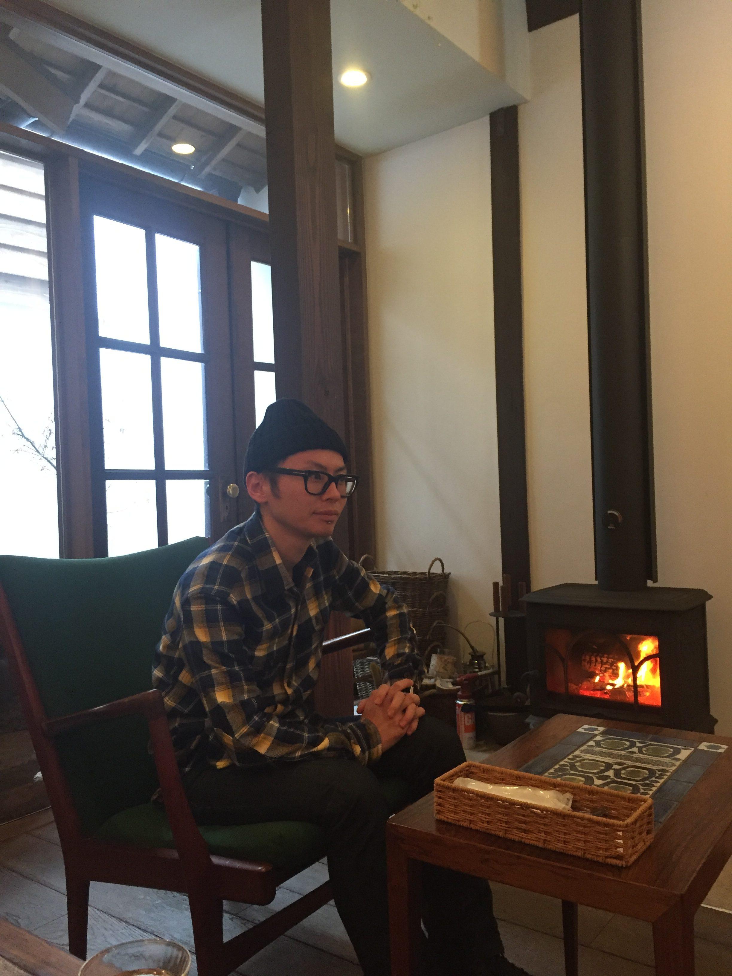 暖炉のあるオシャレカフェ…
